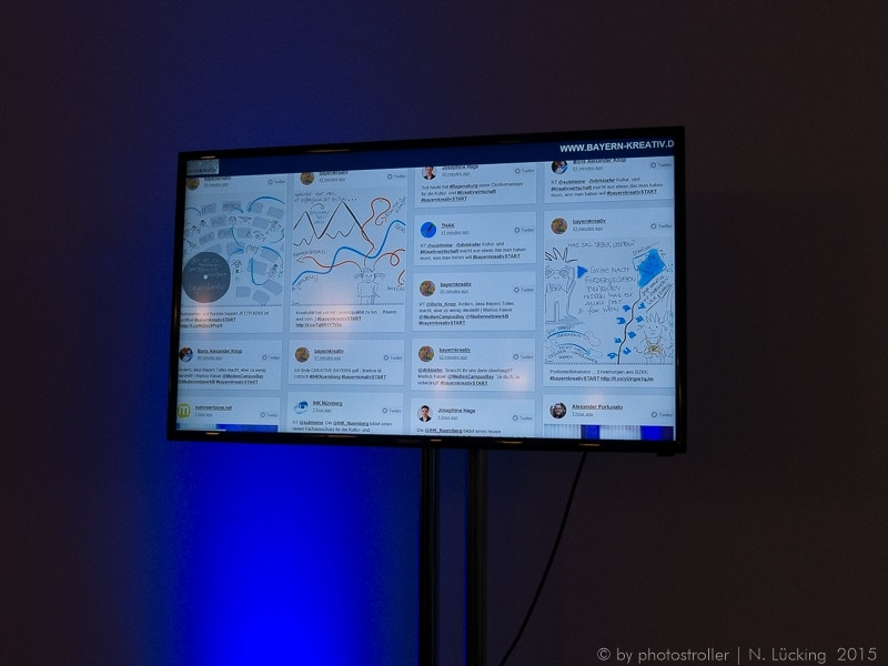 Digital Graphic Recording / Twitterfeed Screen